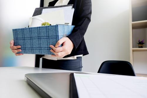 Primera sentència que avala el 'prohibit acomiadar' i obliga a readmetre l'empleat