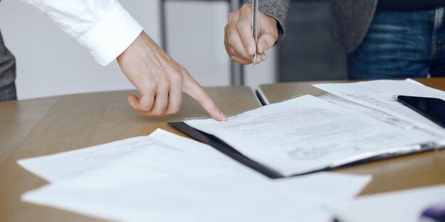 La indemnització per ERO està exempta, encara que l'empleat s'adhereixi voluntàriament