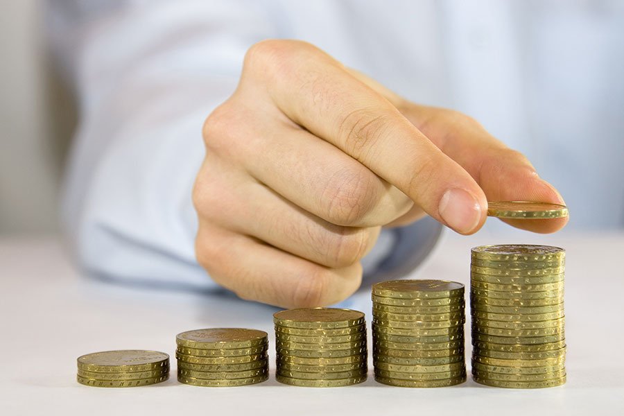 Pot l'empresa reclamar l'excés del salari abonat per error tot i transcórrer més d'un any des de l'desfasament?